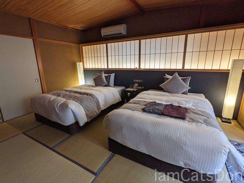 コナステイホテル KONASTAY HOTEL 伊豆長岡 古奈 ルームNo.107 ツイン ベッド 畳 自転車と宿泊 サイクリスト