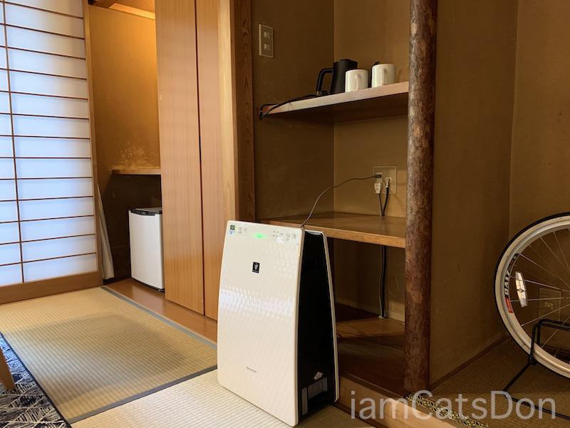コナステイホテル KONASTAY HOTEL 伊豆長岡 古奈 ルームNo.107 ツイン 部屋 空気清浄機 自転車と宿泊 サイクリスト