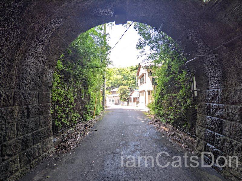 内浦から沼津駅まで歩こう 風景 駿河湾 多比神社 付近 トンネル 安全道 414号線