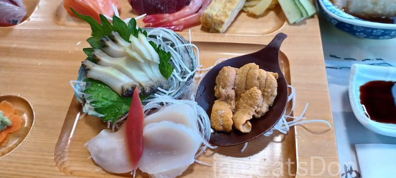 駿陽荘 やま弥 宿泊 夕食 てまき寿司コース 一人前 うに ほたて あわび 沼津 西浦 2