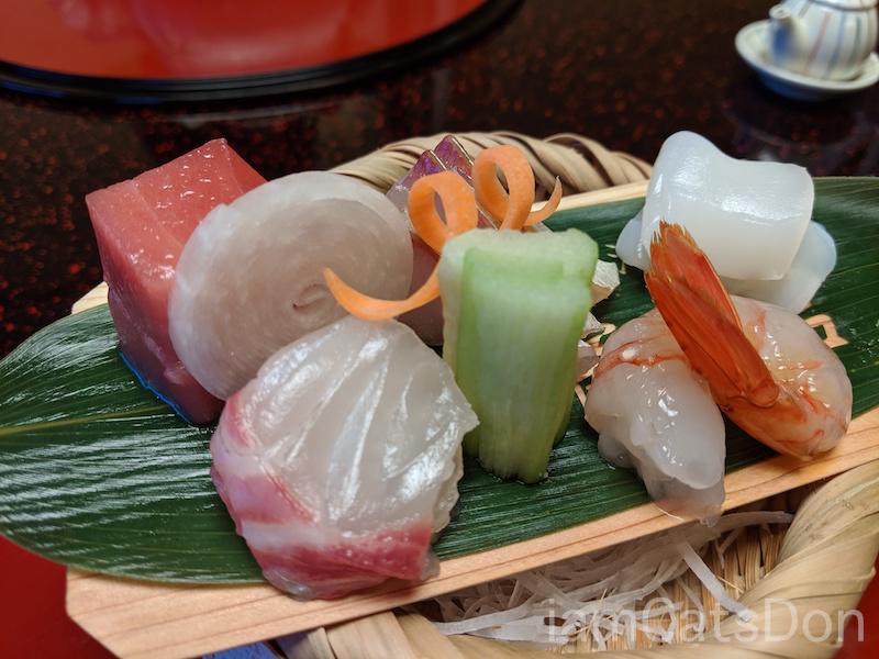 松濤館 沼津 三津浜1泊2食付 おもてなし料理プラン 基本コース 20190601-02 夕食 お刺身 鮮魚 アップ