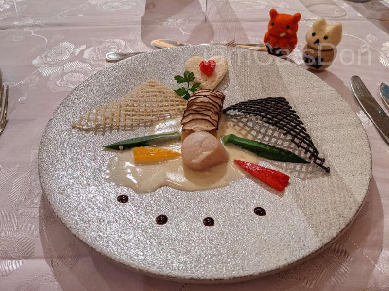 リバーサイドホテル 沼津 2021ヨハネバースデー記念スペシャルディナー 津島善子 メニュー 魚料理 UNSTABLEで気分次第の白身魚のプレート