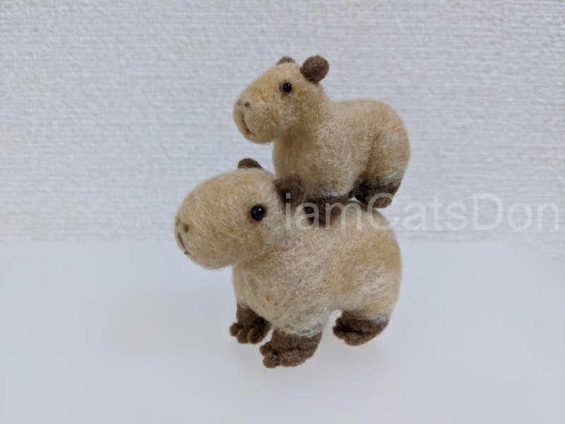 羊毛フェルト ハマナカ アクレーヌ キット ニードルでつくるカピパラ H441-563 作ってみた 親子